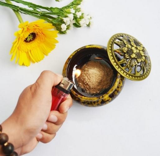 Hướng dẫn cách đốt trầm hương xông nhà đúng cách để đạt hiệu quả tốt nhất.