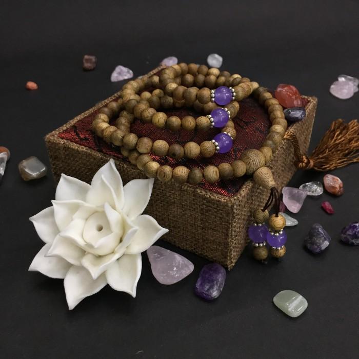 Vòng tay - chuỗi trầm hương 15 năm, cho size tay nữ (size tay 14~15.5 cm), dạng hạt tròn: 108 hạt x 6.5 mm, phối charm đá tím - 1