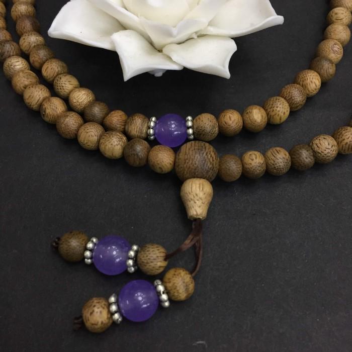 Vòng tay - chuỗi trầm hương 15 năm, cho size tay nữ (size tay 14~15.5 cm), dạng hạt tròn: 108 hạt x 6.5 mm, phối charm đá tím - 3