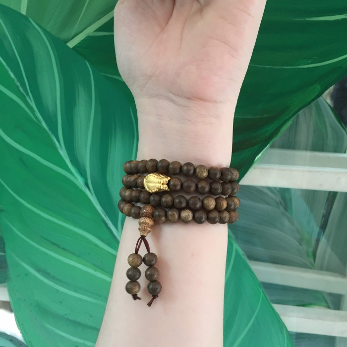 Vòng chuỗi trầm hương - chuỗi trầm hương 25 năm, cho tay nữ, dạng hạt tròn: 108 x 6 mm, charm bàn tay Phật nguyện cầu (size tay 14~15.5 cm) - 3