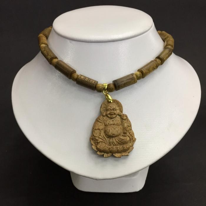 Vòng cổ trầm 15 năm, dạng hạt trúc: 28 cặp x 8 mm, phối mặt Phật Di Lặc