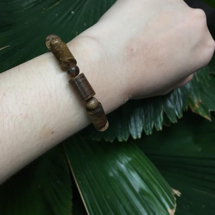 Vòng tay - vòng cặp trầm hương 35 năm,cho nam size tay 17.5 cm (hạt 11 mm) và nữ size tay 15.5 cm (hạt 9 mm),hạt trúc - 4