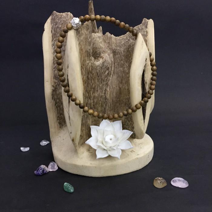 Vòng tay - Vòng đôi trầm hương 15 năm, cho nữ (size tay 14~15.5 cm), dạng hạt tròn: 59 hạt x 6 mm , phối charm chữ OM (mạ bạc) - 1