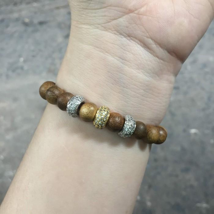 Vòng tay - vòng trầm 12 năm, cho nữ (size tay 14~15.5 cm), dạng hạt tròn: 18 hạt x 8 mm, charm mạ - 5
