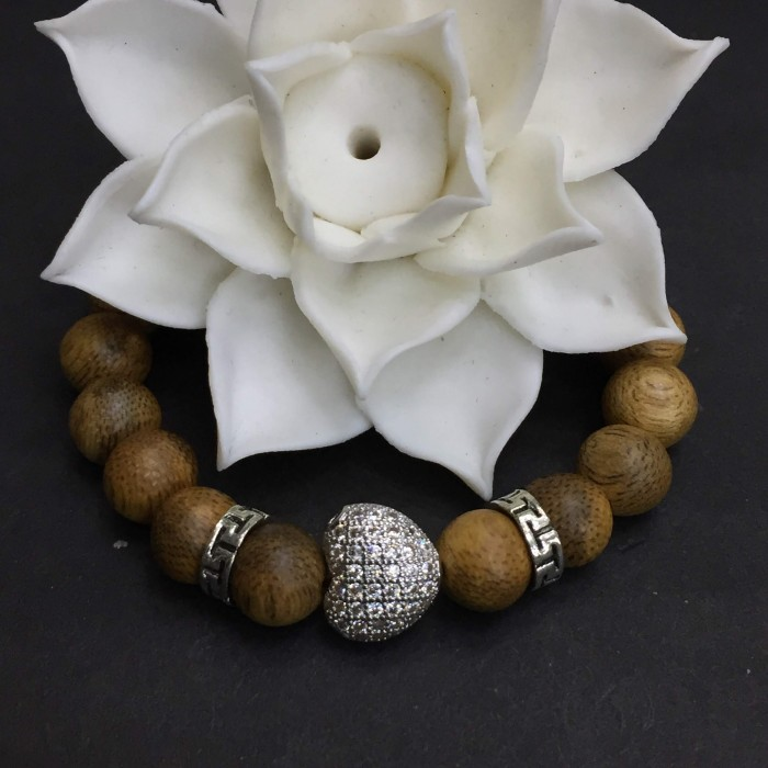 Vòng chuỗi trầm hương - vòng trầm 15 năm, cho nữ (size tay 14~15.5 cm), dạng hạt tròn: 18 hạt x 8 mm, charm Trái Tim (Bạc 925) - 1