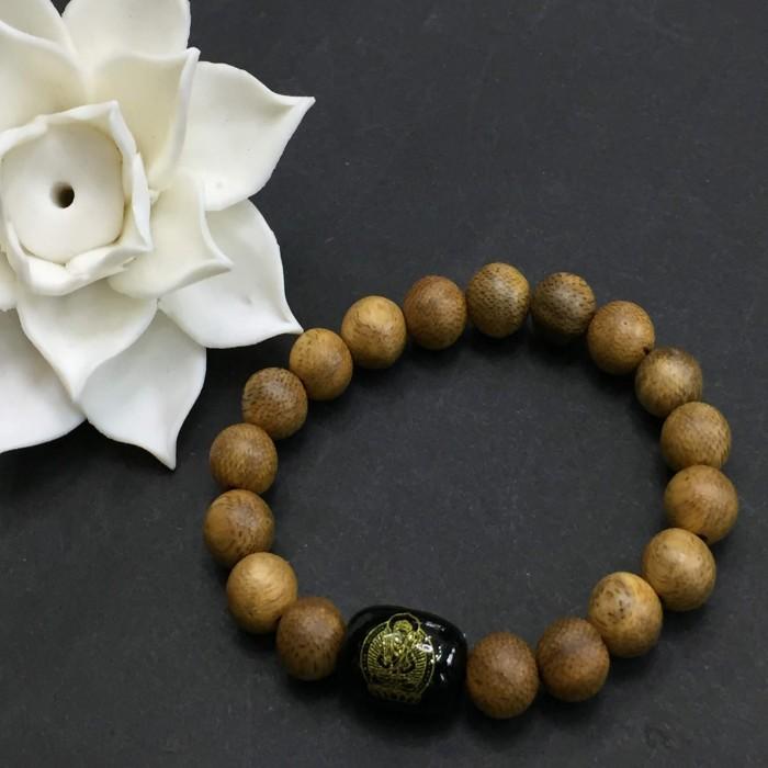 Vòng tay - vòng trầm hương 15 năm, cho nữ (size tay 14~15.5 cm),dạng hạt tròn: 18 hạt x 8 mm, charm Đá Đen - 2
