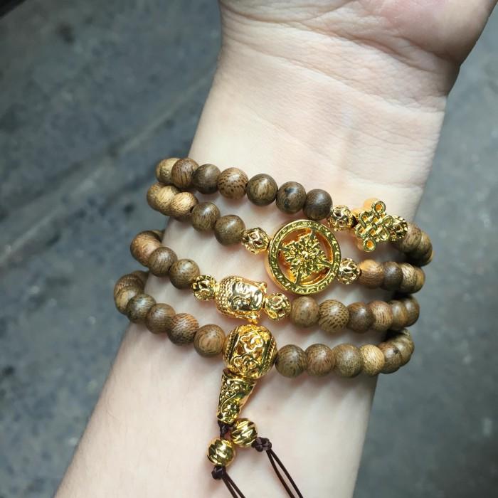 Vòng tay - vòng trầm hương 12 năm, cho size tay nữ (size tay 14~15.5 cm), dạng hạt tròn:108 hạt x 6.5 mm, charm phong thuỷ (mạ vàng) - 3