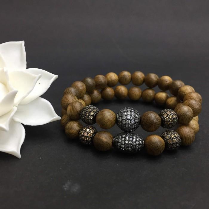 Vòng tay - vòng trầm hương 12 năm, cho size tay nữ (size tay 14~15.5 cm),dạng hạt tròn: 18 hạt x 8 mm, charm hạt châu - 1