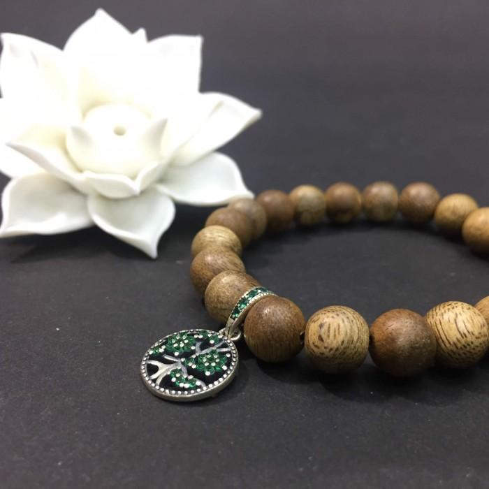 Vòng chuỗi trầm hương - vòng trầm hương 12 năm, cho size tay nữ (size tay 14~15.5 cm), dạng hạt tròn: 21 hạt x 8 mm, charm Cây Xanh Gia Đình (Bạc 925) - 1