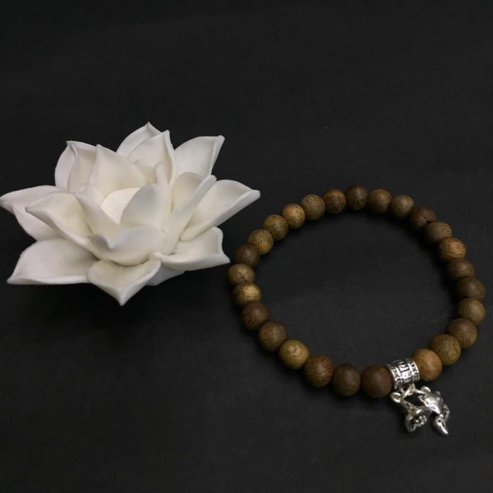 Vòng chuỗi trầm hương - vòng trầm hương 12 năm, cho size tay nữ (size tay 14~15.5 cm), dạng hạt tròn: 26 hạt x 6.5 mm, phối charm hồ ly nhỏ (bạc 925) - 3