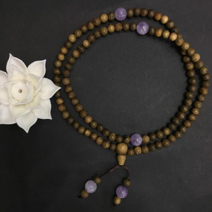 Vòng tay - vòng trầm hương 12 năm, cho size tay nữ (size tay ~15.5 cm), dạng hạt tròn: 108 hạt x 6.5 mm, charm đá Tím - 1