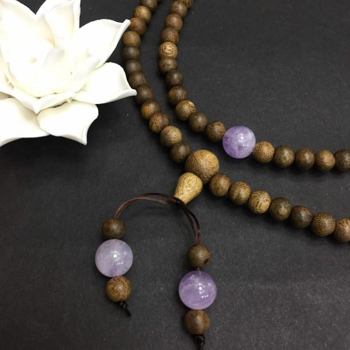 Vòng tay - vòng trầm hương 12 năm, cho size tay nữ (size tay ~15.5 cm), dạng hạt tròn: 108 hạt x 6.5 mm, charm đá Tím - 3