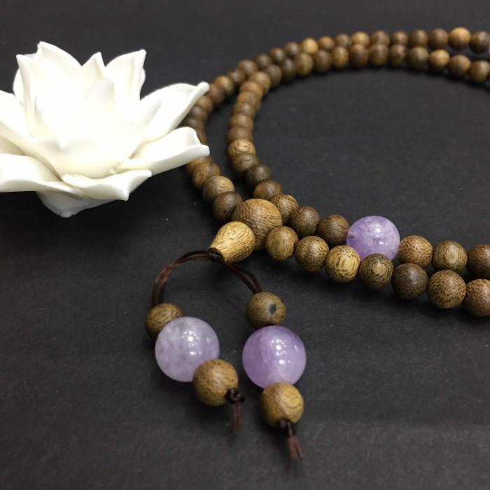 Vòng tay - vòng trầm hương 12 năm, cho size tay nữ (size tay ~15.5 cm), dạng hạt tròn: 108 hạt x 6.5 mm, charm đá Tím - 4