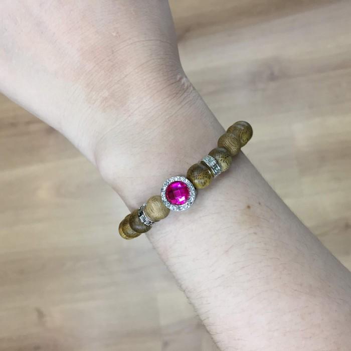 Vòng tay - Vòng trầm hương 15 năm, cho nữ mệnh Hỏa (size tay 14~15.5 cm), dạng hạt tròn: 21 hạt x 8 mm , phối charm trụ đá tím - 1