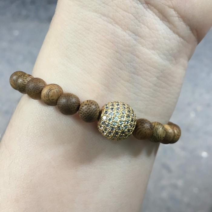 Vòng tay - vòng trầm hương 15 năm, cho size tay nữ (size tay 14~15.5 cm), dạng hạt tròn: 25 hạt x 6 mm, phối charm hạt châu (mạ vàng) - 4