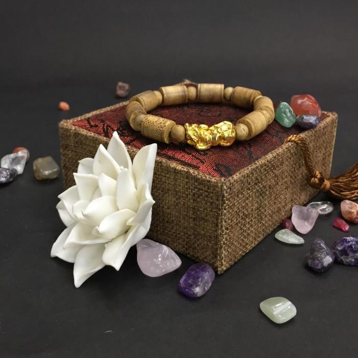 Vòng tay - Vòng trầm hương 25 năm, cho nam ( size tay 16 cm ~17.5 cm), dạng hạt trúc: 8 cặp x 11 mm, charm tỳ hưu (mạ vàng) - 3