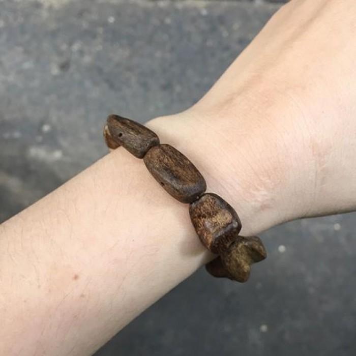 Vòng tay - Vòng Trầm Rừng, cho nữ (15.5 cm), dạng hạt tự nhiên: 10 hạt - 6