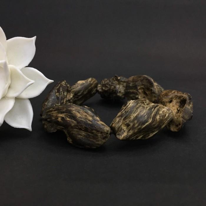 Vòng tay - Vòng Trầm Rừng Mắc Tử,cho tay nam, hạt tự nhiên: 8 hạt, 100% chìm nước, trọng lượng 36 gam - 2