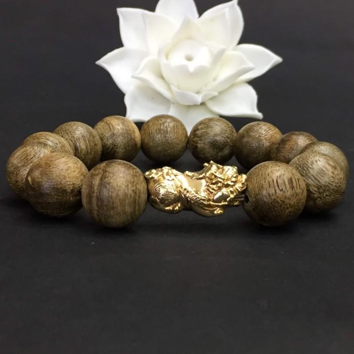 Vòng tay - Vòng Trầm Rừng Tốc Banh Xanh, cho tay nam (17.5 cm ~ 18 cm),dạng hạt tròn: 13 hạt x 14 mm, charm Tỳ hưu vàng 24k - 6